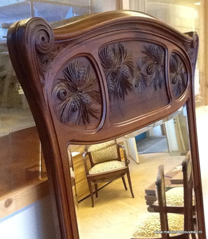 Uitschuifbaar Art Nouveau bureau met iepen-wortel blad