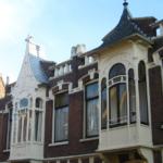Houten Art Nouveau erkers